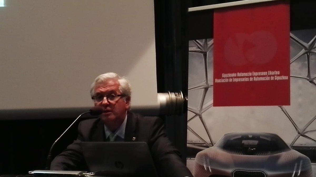 AEGA ve «poco realista» la propuesta de prohibir los diésel y gasolina en 2040