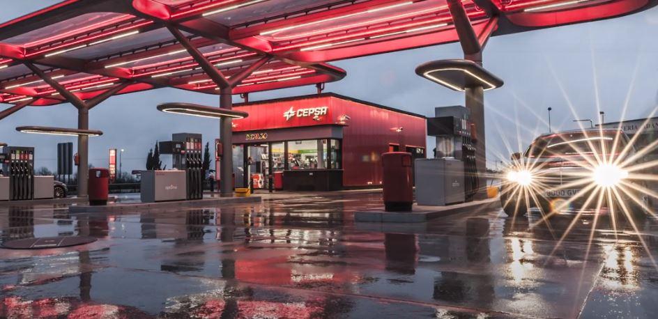 Cepsa lanza el primer gran ERTE en gasolineras