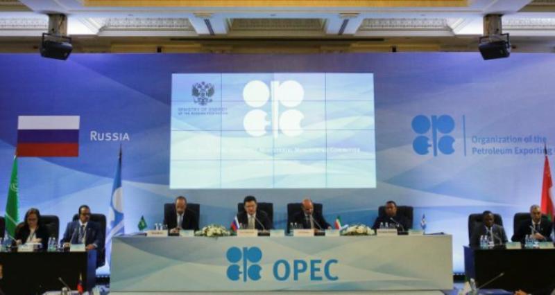 La OPEP mantendrá los recortes de producción durante 2018