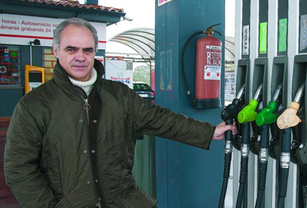 AVECAL indignada ante la posibilidad de cambios en la legislación que permitan las gasolineras desatendidas