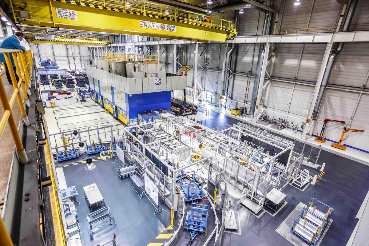 El desplome del diésel provoca los primeros paros en las fábricas españolas
