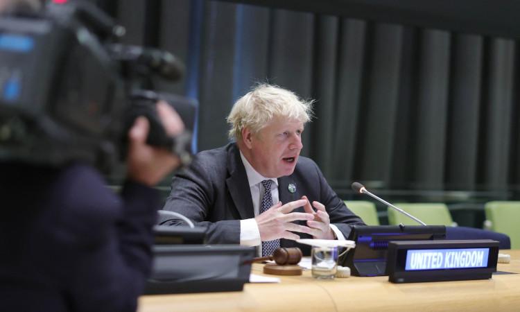 Boris Johnson, dispuesto a utilizar al ejército para frenar la crisis de suministro de las gasolineras