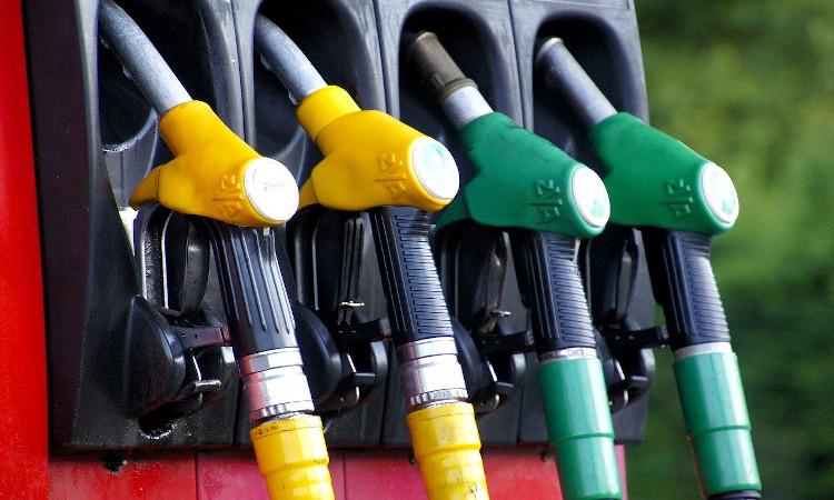 El consumo de gasolina registra el peor mes de enero en 48 años: baja un 29,7%