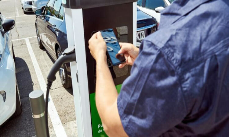 Instalan diez nuevas estaciones de recarga para vehículos eléctricos en Rivas Vaciamadrid