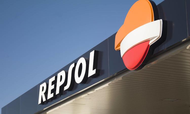 Repsol se alía con Alsa para probar los biocombustibles de cero emisiones en Bilbao