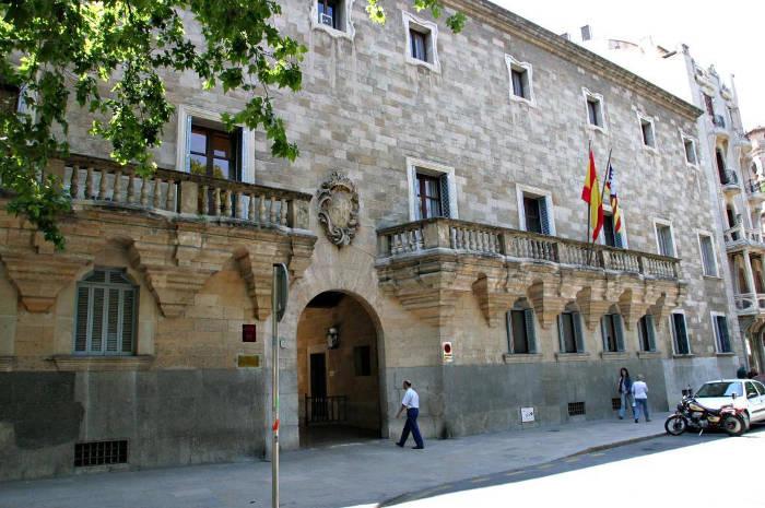 El Tribunal Supremo revisará la sentencia de Baleares que ampara a las gasolineras desatendidas