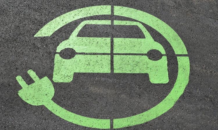 Vehículos eléctricos: Las recargas serán autónomas y sin necesidad de interacción humana