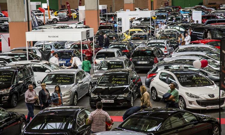 La crisis de los microchips disparará la importación de vehículos usados un 12% en 2021, según Sumaut