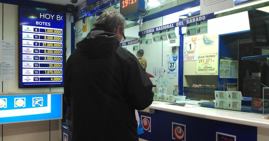 La gasolinera de la suerte de Tenerife que vuelve a repartir felicidad