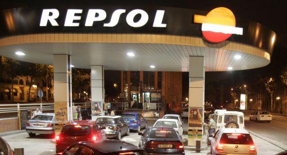 La CNMC abre expediente a Repsol por la compra de Petrocat