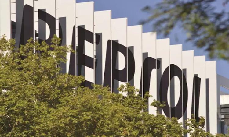 Repsol pondrá en funcionamiento el primer electrolizador en su refinería de Petronor
