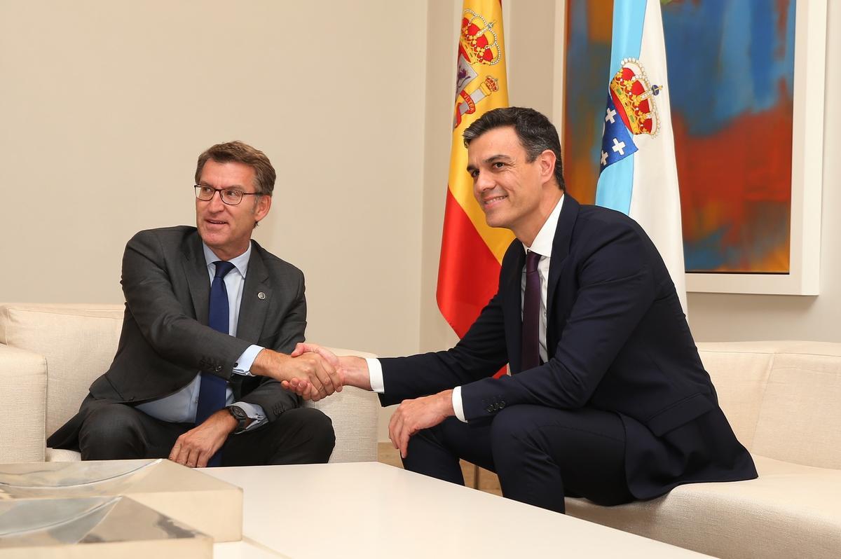 La Xunta pacta con Competencia un plan para abaratar los carburantes en Galicia
